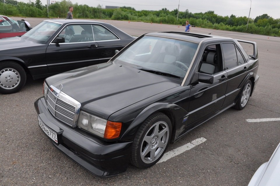Mercedes-Benz 190 E 2.5-16 Evolution II (10)