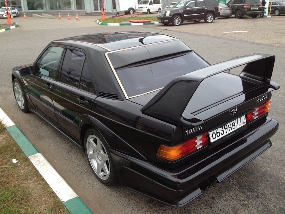 Mercedes-Benz 190 E 2.5-16 Evolution II (2)