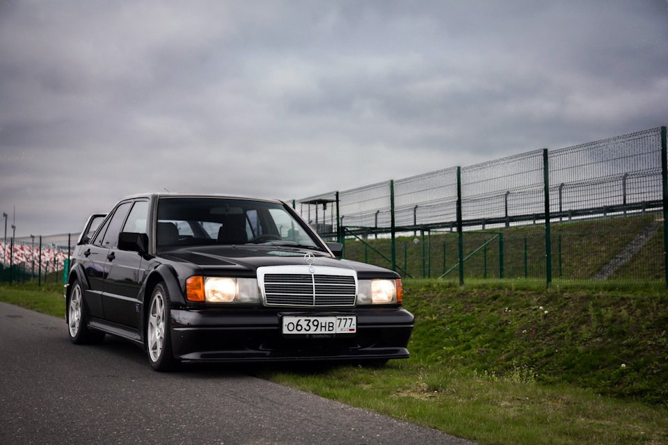 Mercedes-Benz 190 E 2.5-16 Evolution II (7)