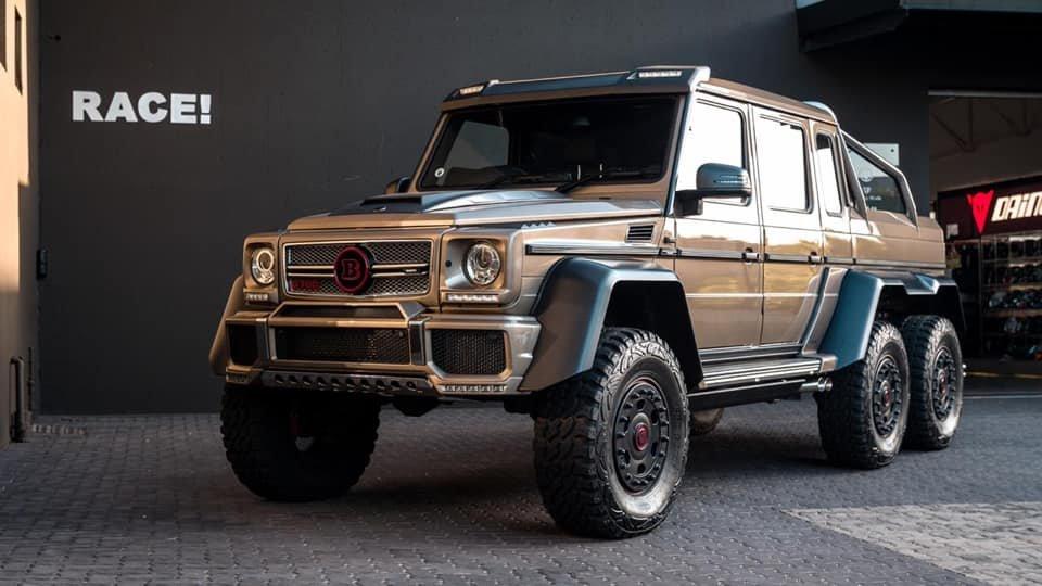 Mercedes-Benz BRABUS 6x6 G700 W463 (8)