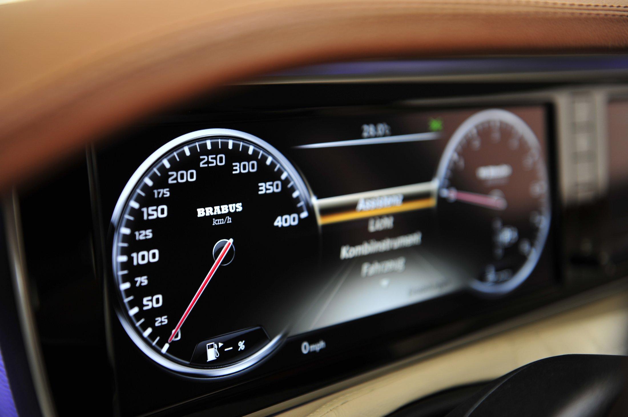 Mercedes-Benz Brabus 850 6.0 Biturbo IBusiness (1)