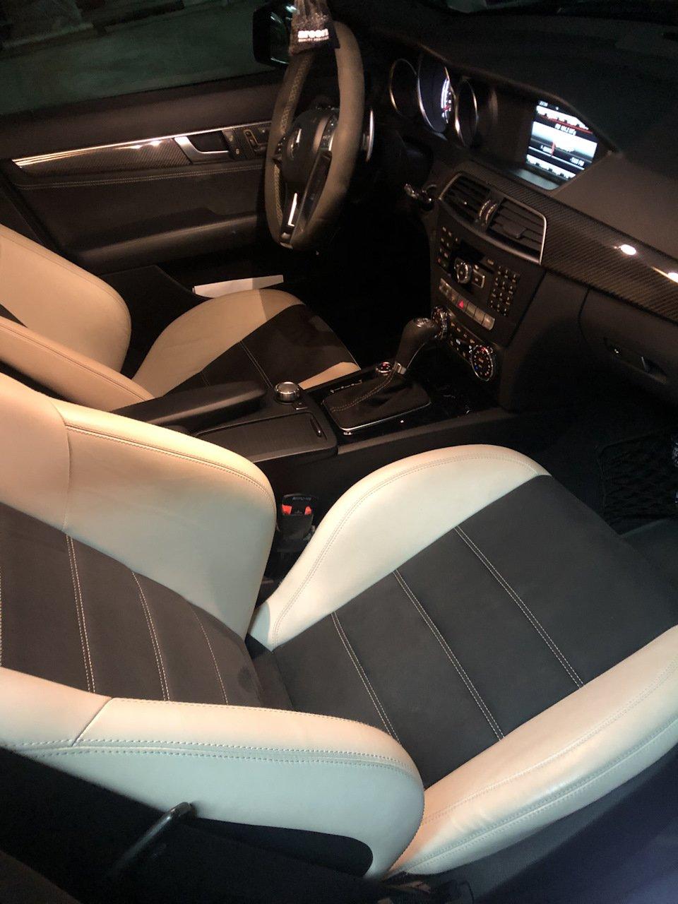 Mercedes-Benz C63 AMG W204 (9)