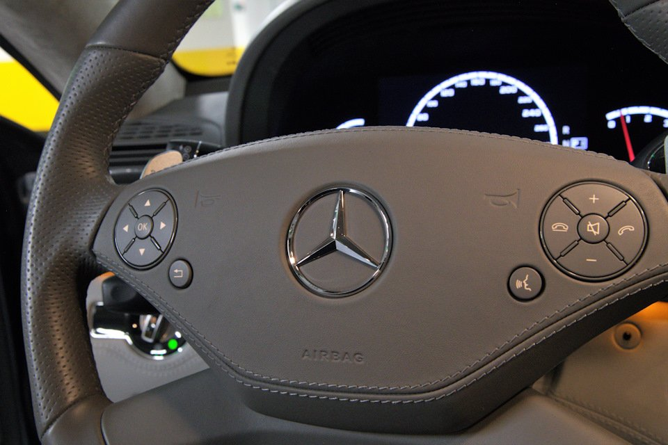 Mercedes-Benz CL63 AMG Perfomance Pack W216 (15)