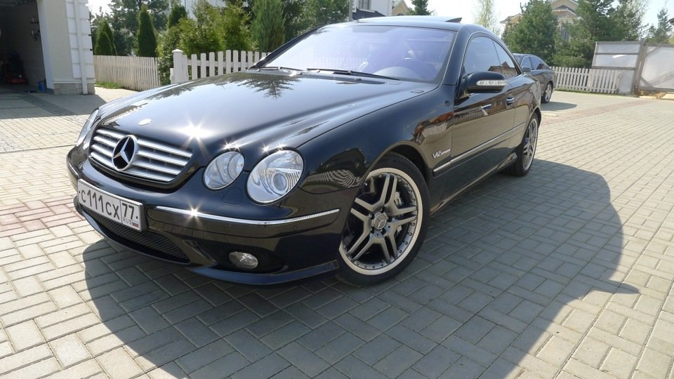 Mercedes-Benz CL65 AMG W215 (6)