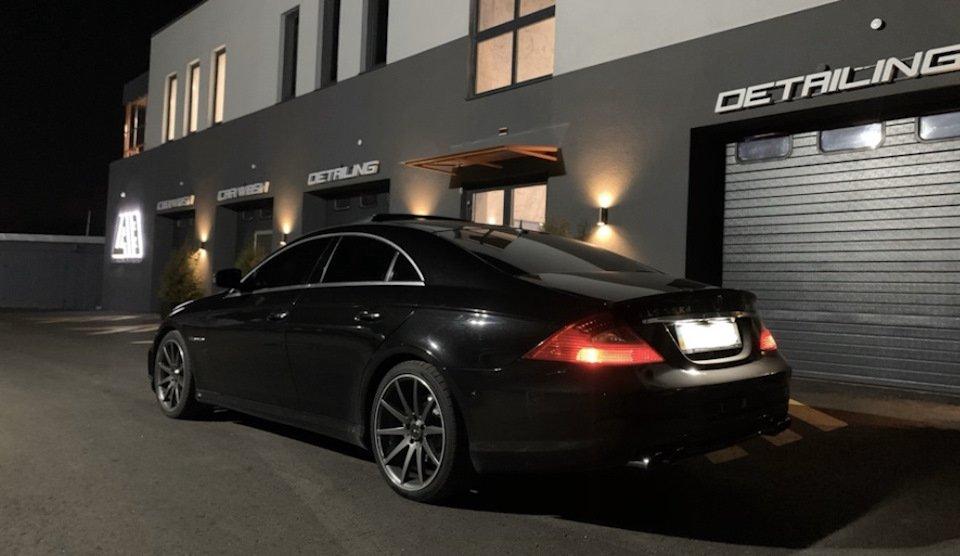 Mercedes-Benz CLS55 AMG (1)