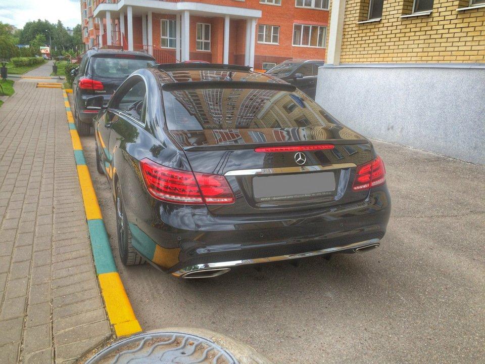 Mercedes-Benz E-class Coupe (C207) (5)