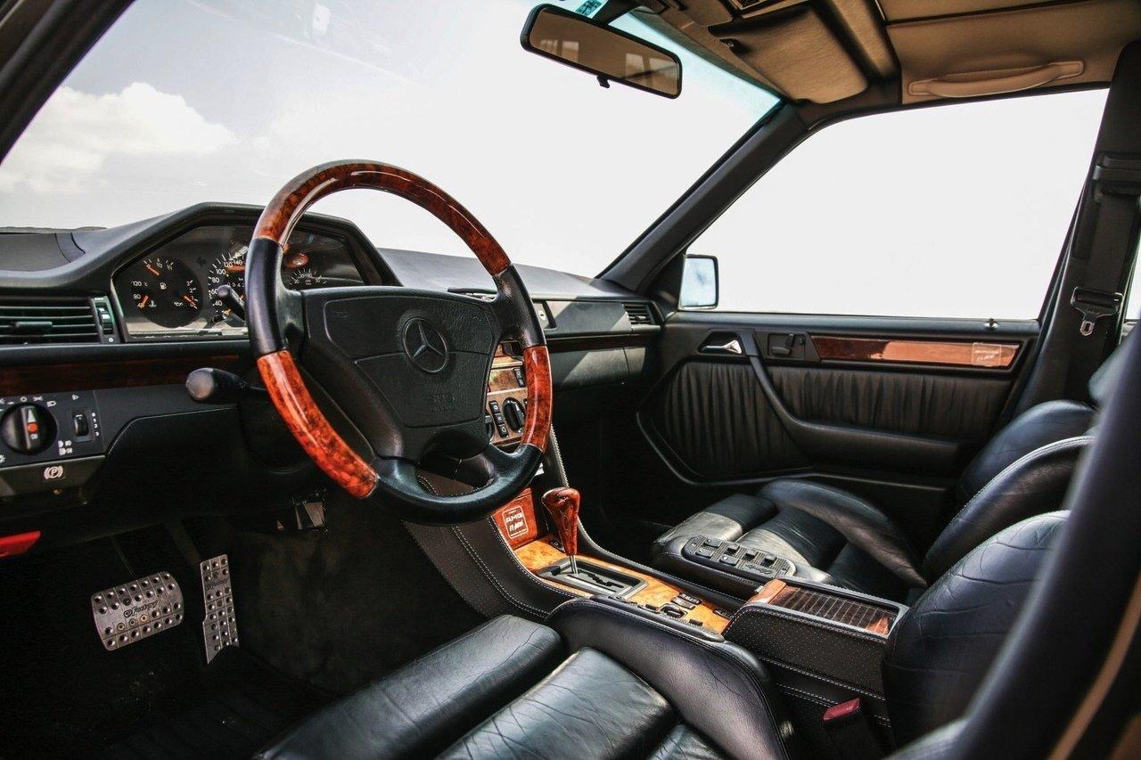Mercedes-Benz E36 AMG W124 T-Wagon (1)