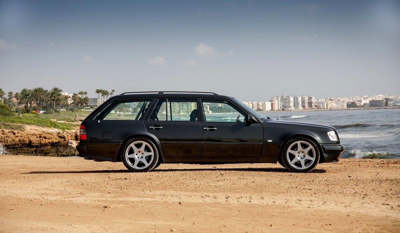 Mercedes-Benz E36 AMG W124 T-Wagon (4)