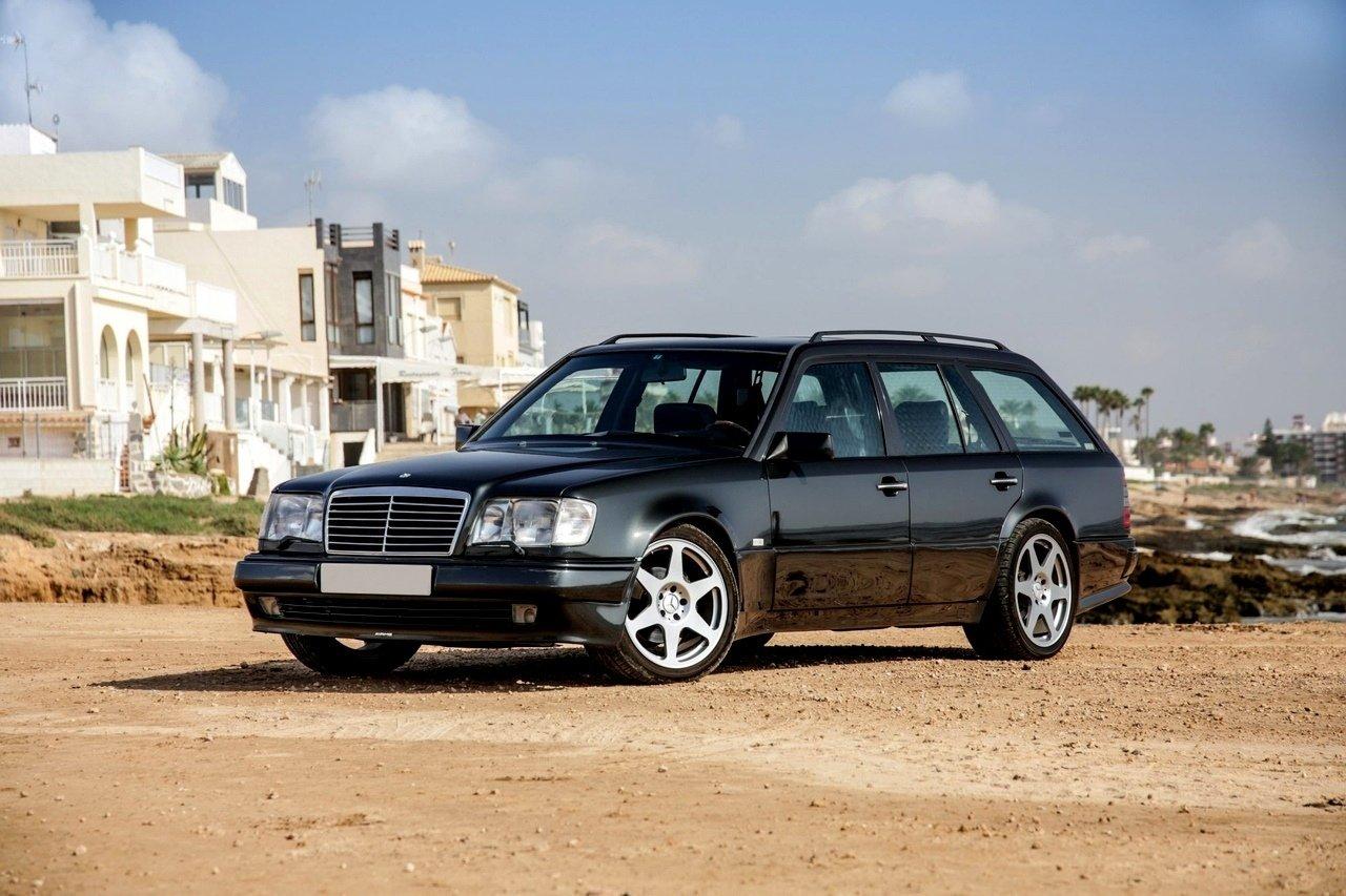 Mercedes-Benz E36 AMG W124 T-Wagon (5)