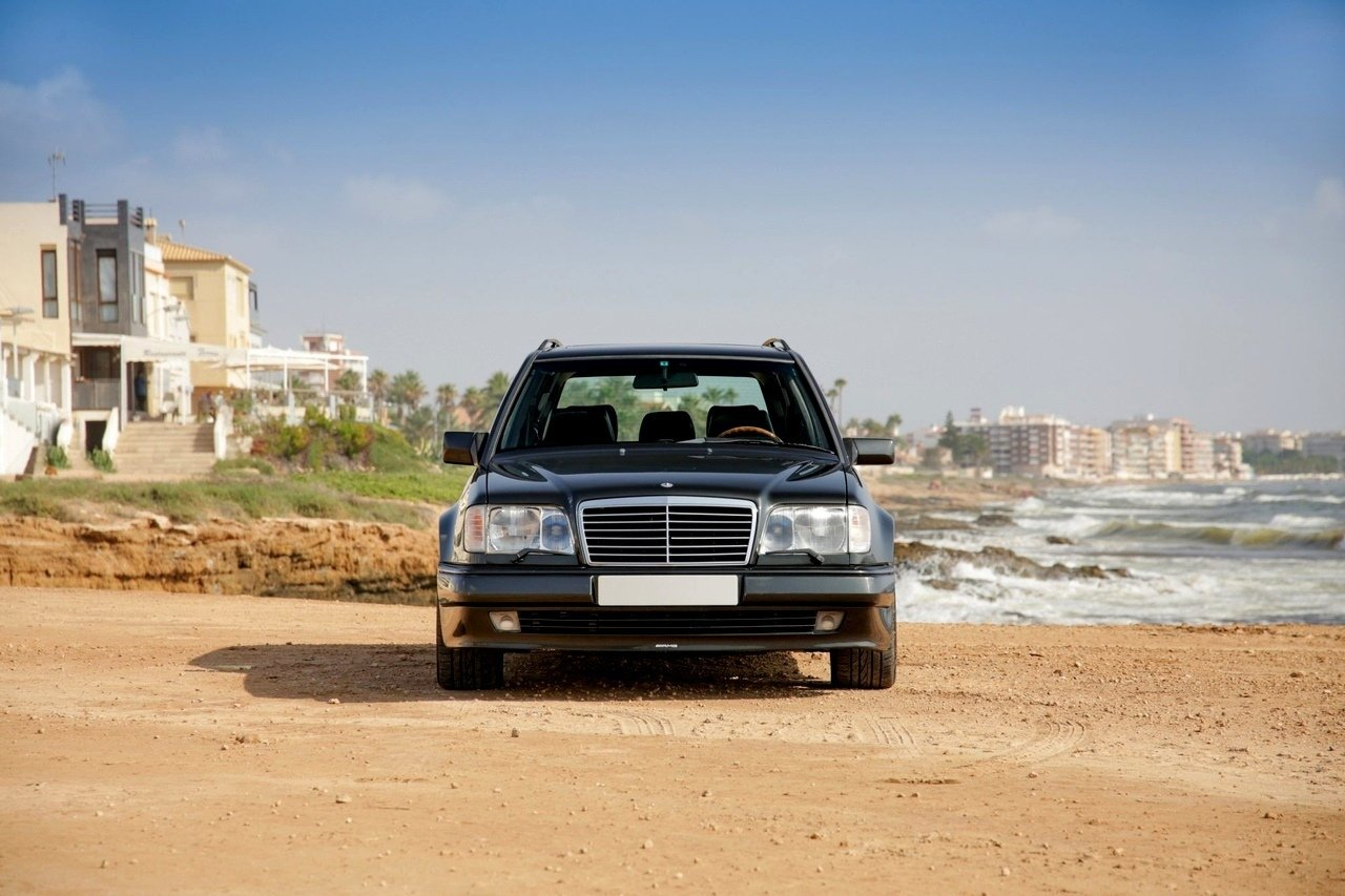Mercedes-Benz E36 AMG W124 T-Wagon (7)