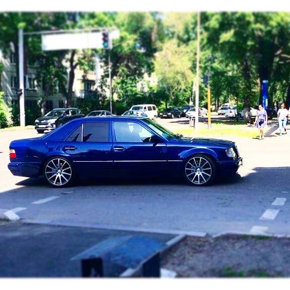 Mercedes-Benz E55 AMG W124 Kompressor (11)