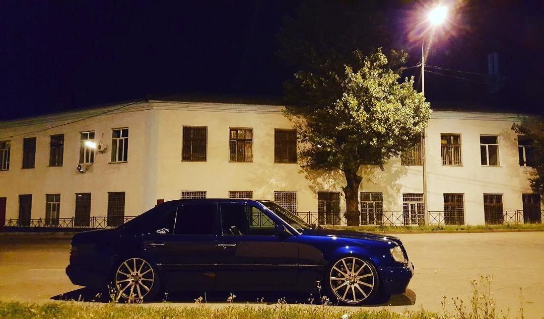 Mercedes-Benz E55 AMG W124 Kompressor (14)