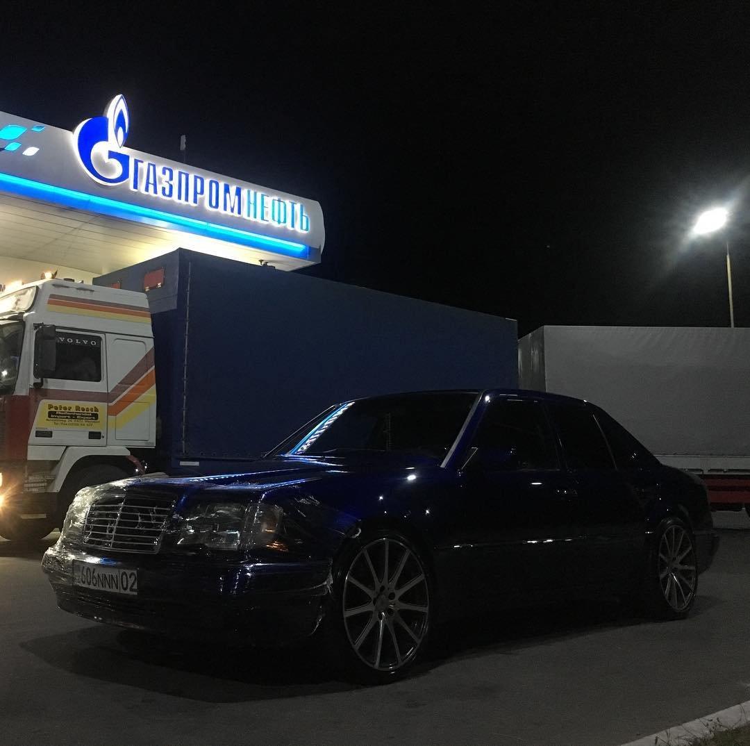 Mercedes-Benz E55 AMG W124 Kompressor (17)