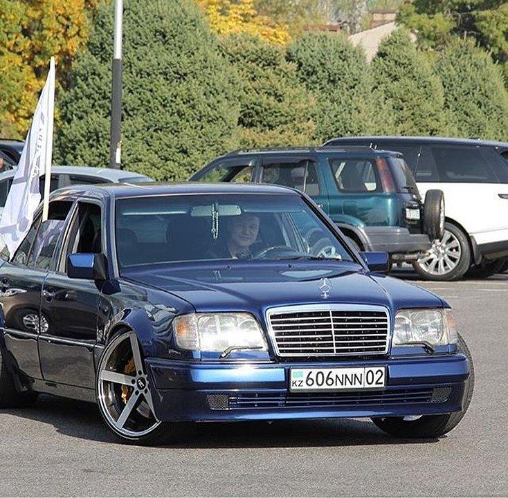 Mercedes-Benz E55 AMG W124 Kompressor (21)