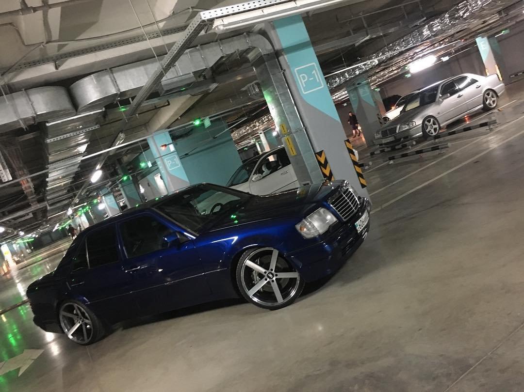 Mercedes-Benz E55 AMG W124 Kompressor (7)