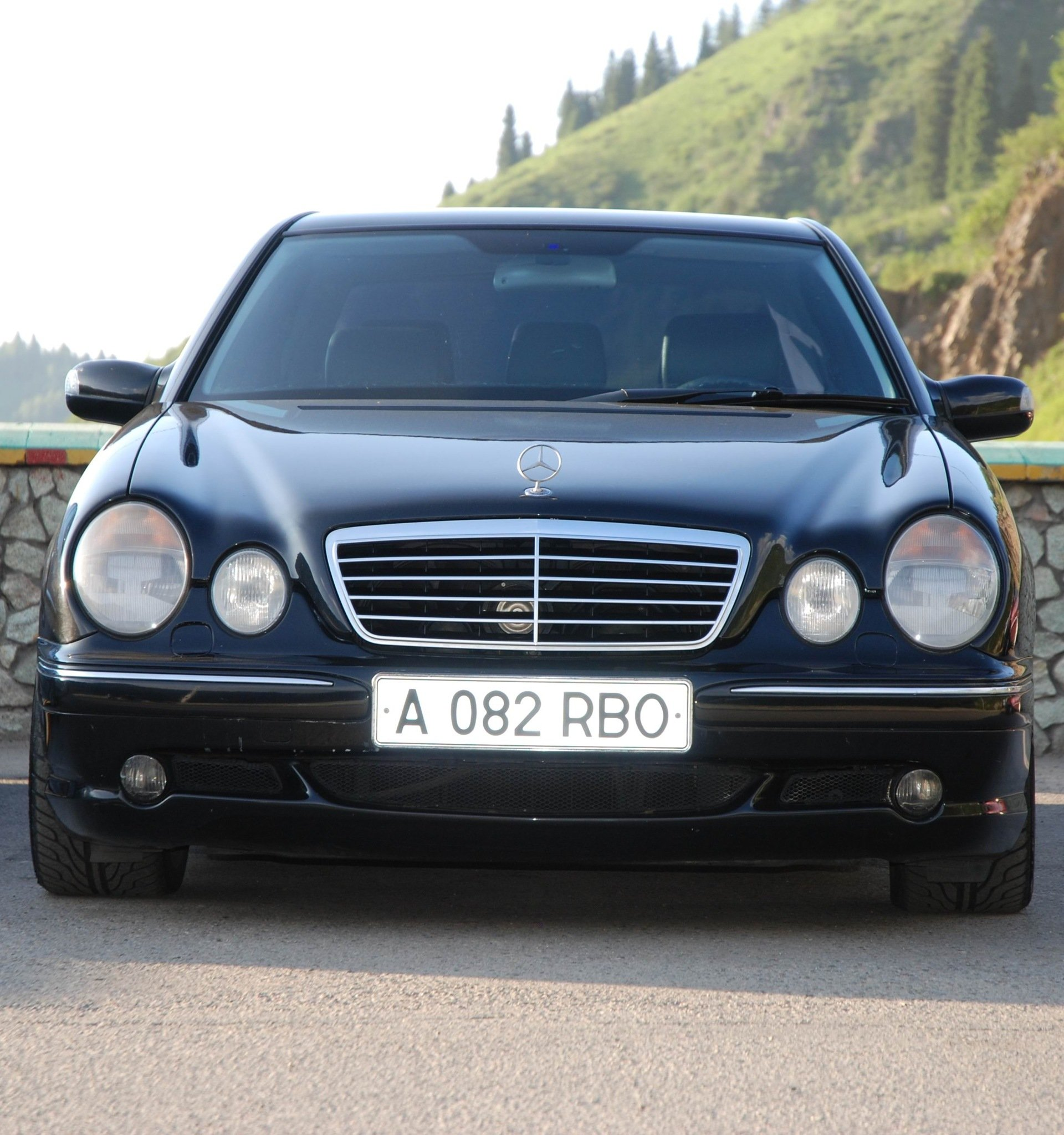 Mercedes-Benz E55 AMG W210 (20)