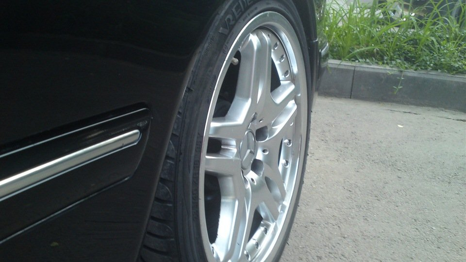 Mercedes-Benz E55 AMG W210 (23)