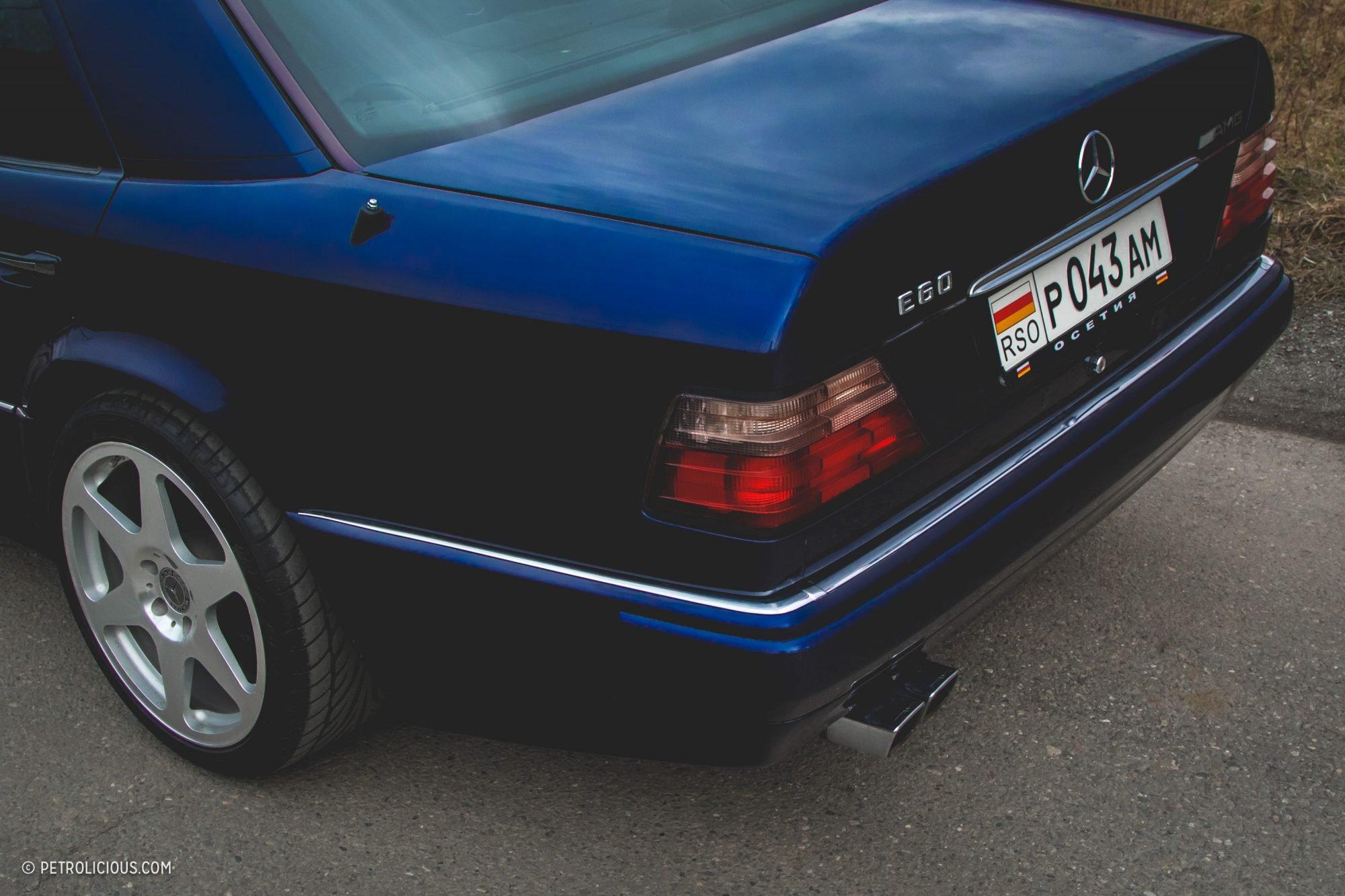 Mercedes-Benz E60 AMG W124 (11)
