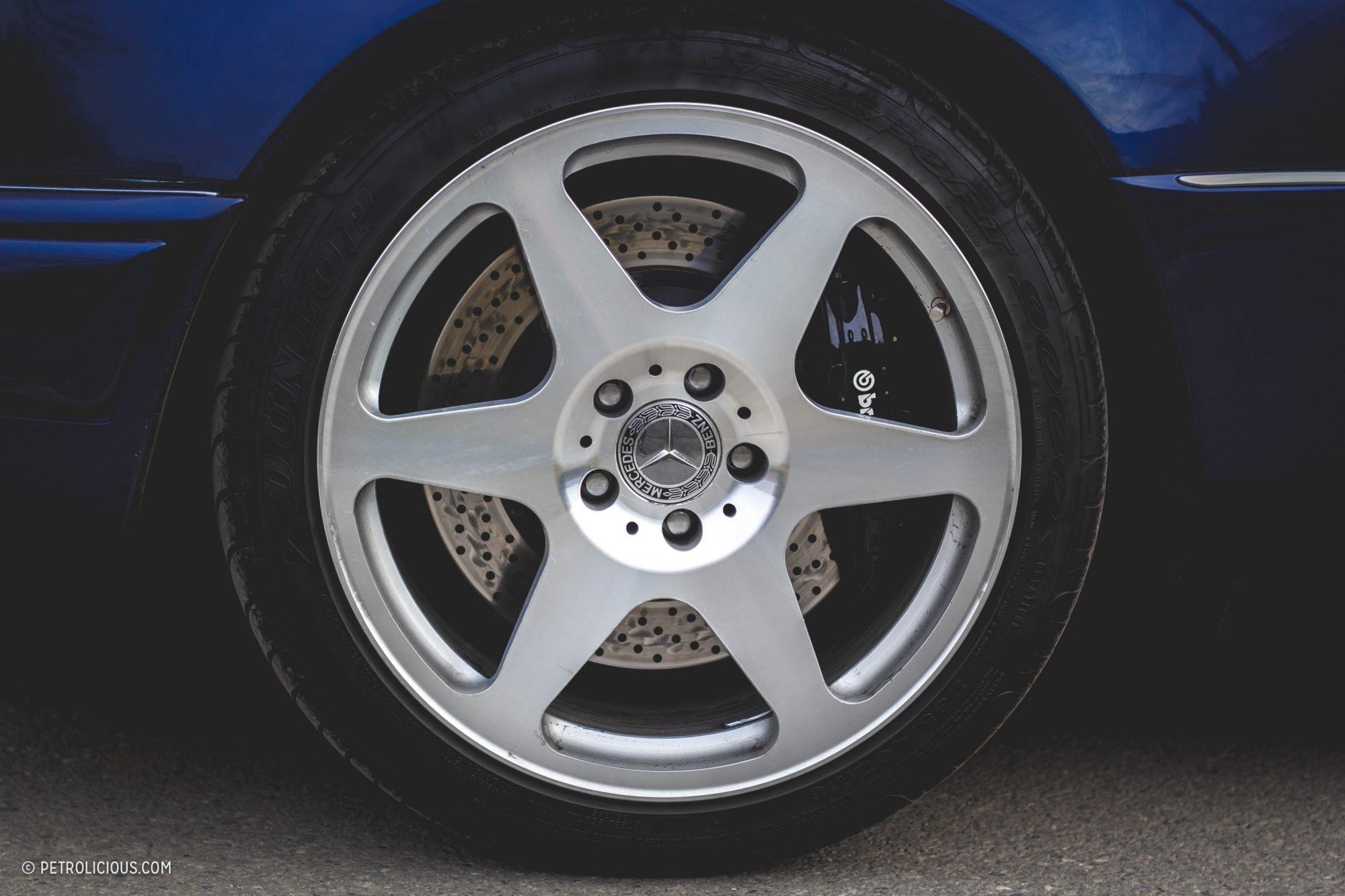Mercedes-Benz E60 AMG W124 (14)