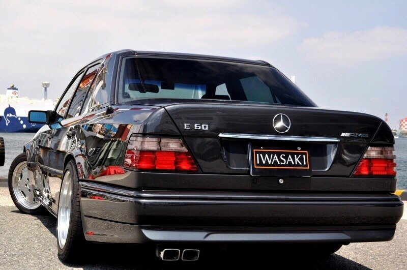 Mercedes-Benz E60 AMG W124 (4)