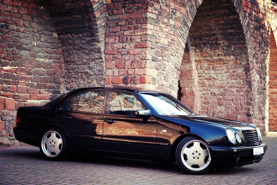 Mercedes-Benz E60 AMG W210 Limited Edition1997 (5)