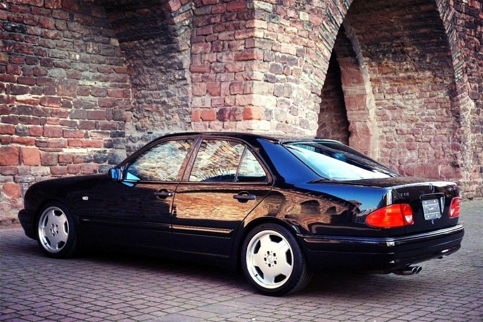 Mercedes-Benz E60 AMG W210 Limited Edition1997 (8)