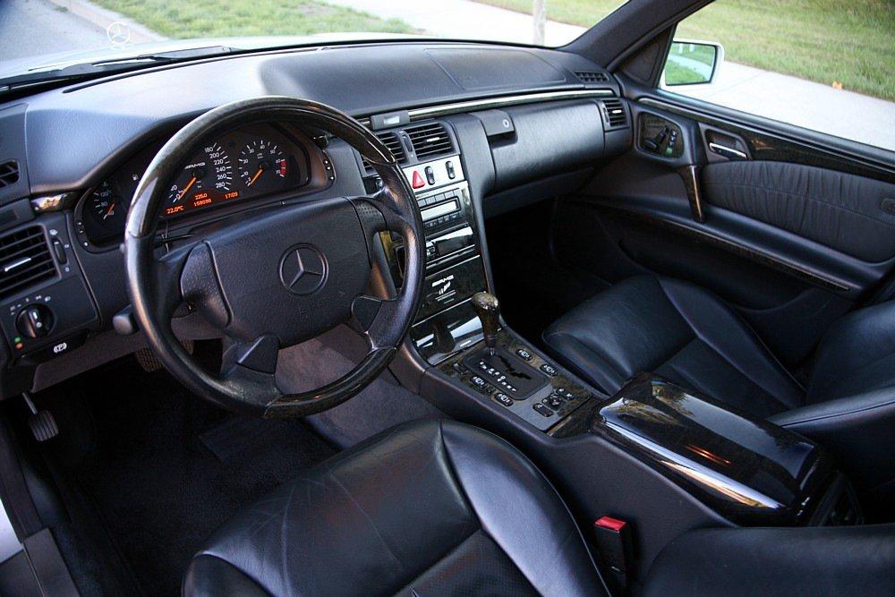Mercedes-Benz E60 AMG W210 T-model (6)