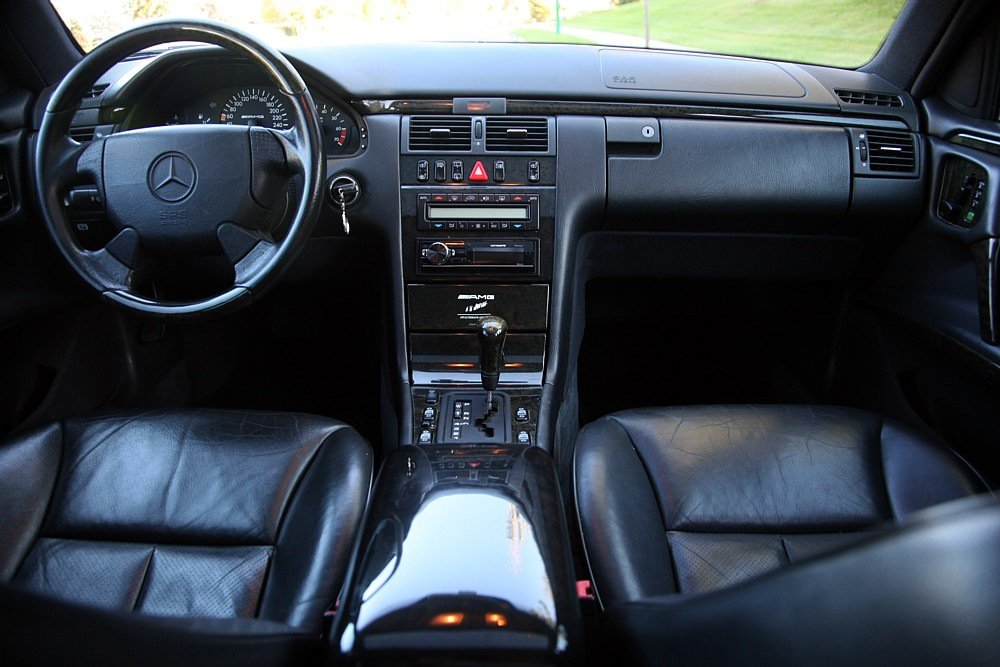 Mercedes-Benz E60 AMG W210 T-model (7)