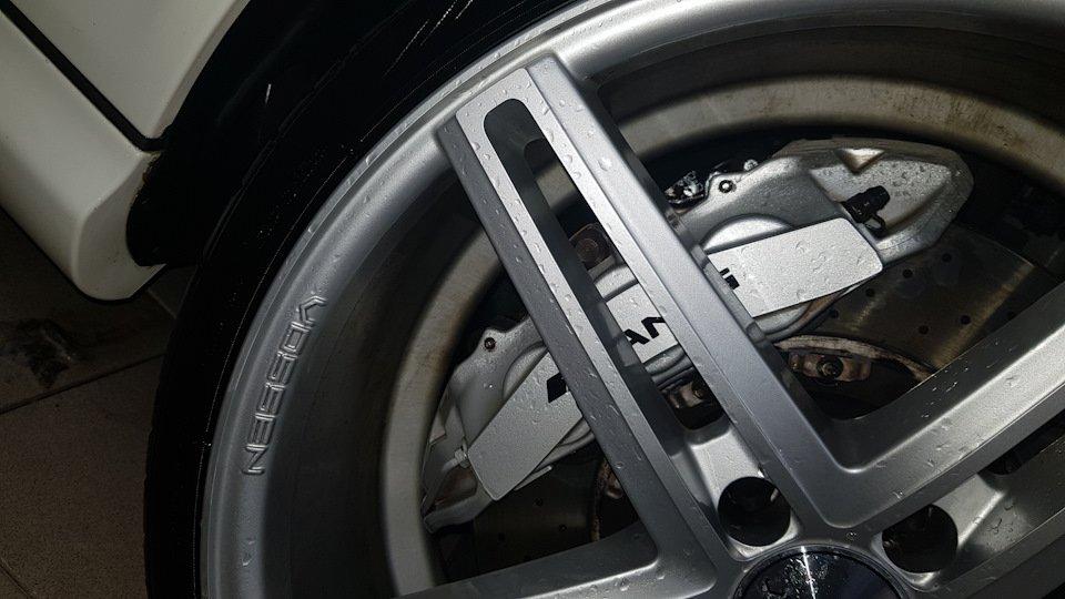 Mercedes-Benz E63 AMG W211 (1)