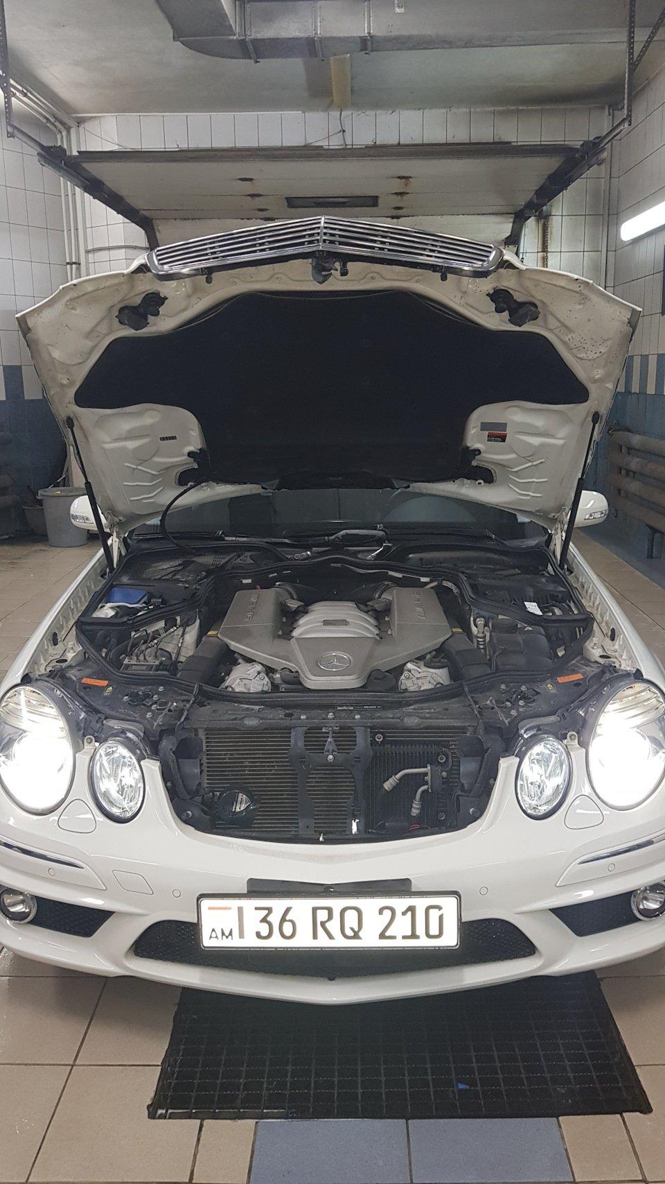 Mercedes-Benz E63 AMG W211 (24)