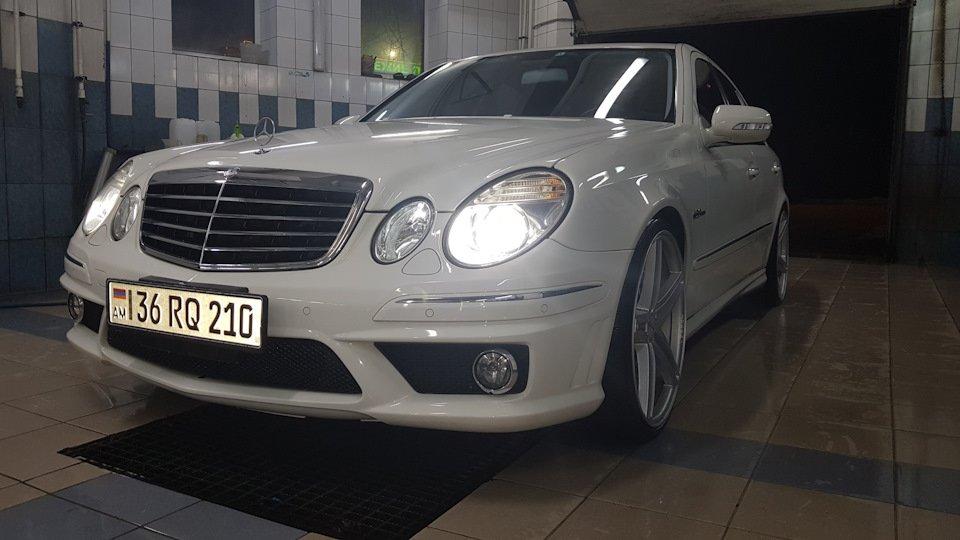 Mercedes-Benz E63 AMG W211 (5)
