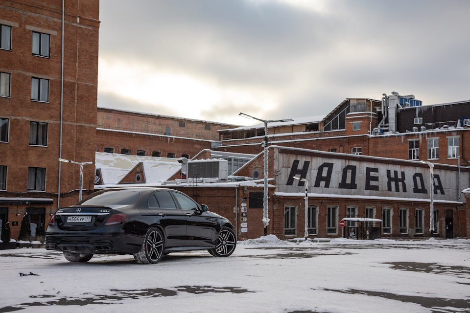 Mercedes-Benz E63 AMG (W213) (12)