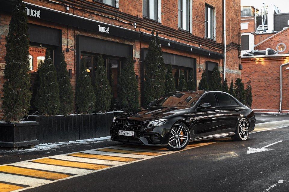 Mercedes-Benz E63 AMG (W213) (6)