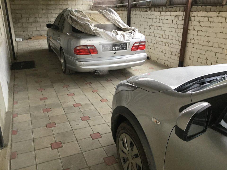 Mercedes-Benz E 55 AMG W210 (121)