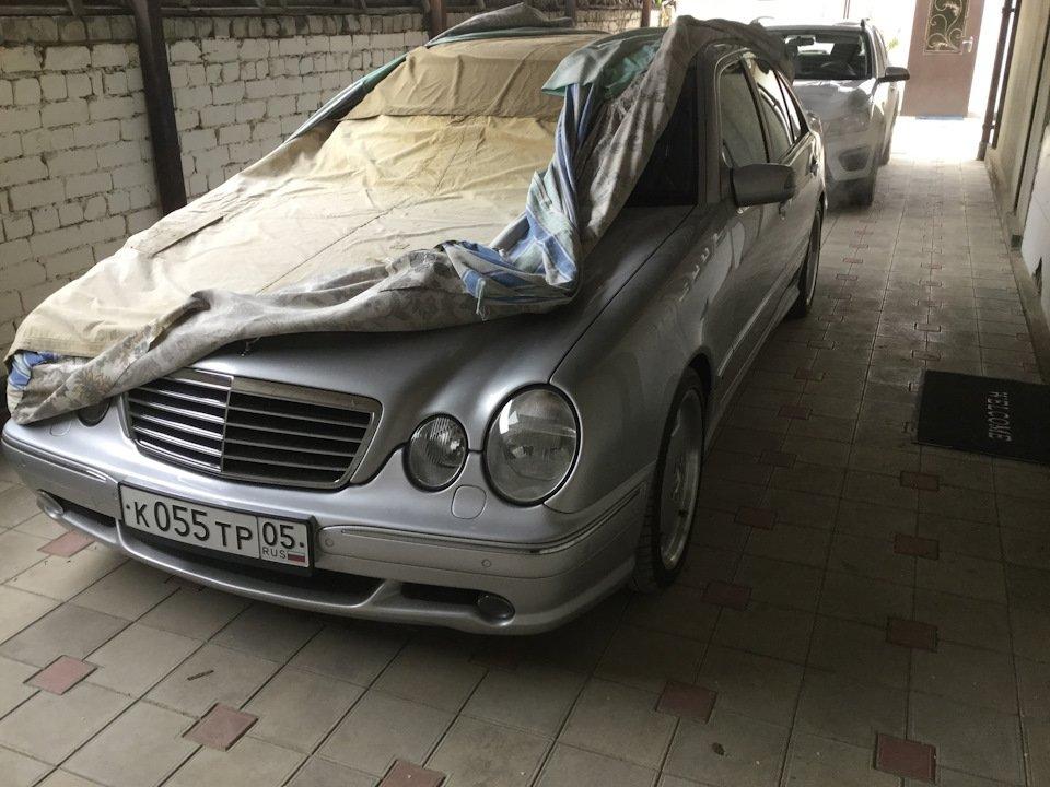 Mercedes-Benz E 55 AMG W210 (130)