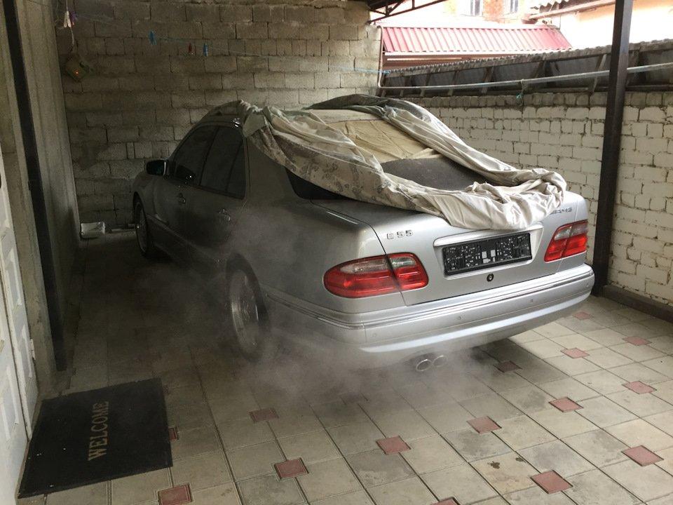 Mercedes-Benz E 55 AMG W210 (131)