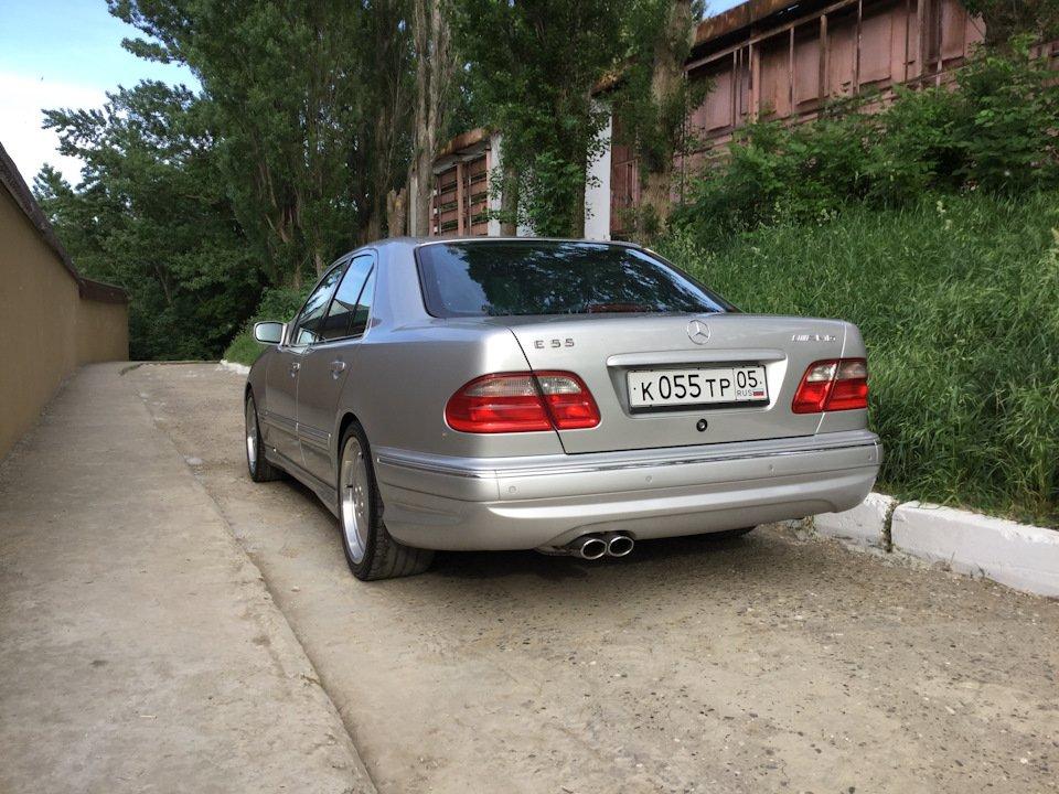 Mercedes-Benz E 55 AMG W210 (25)