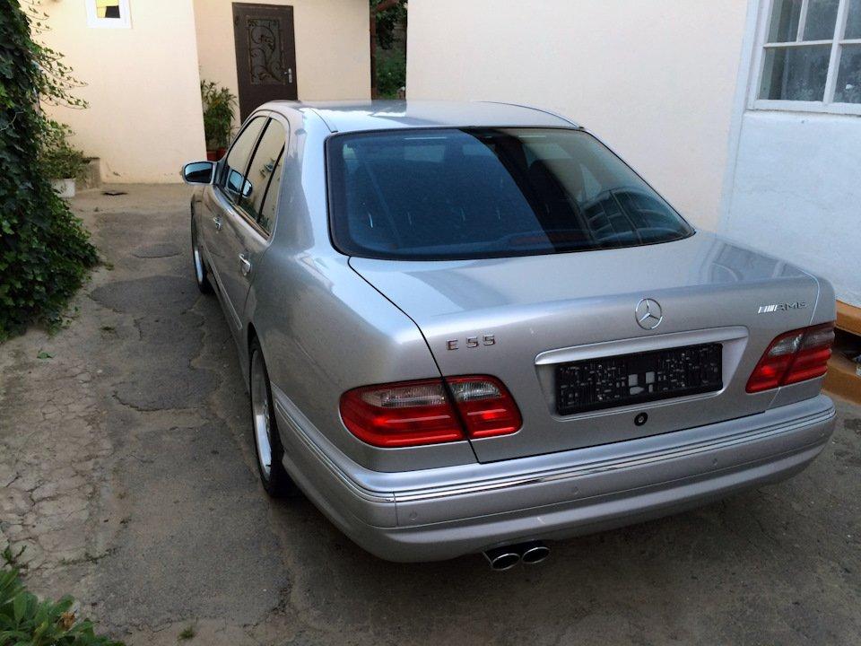 Mercedes-Benz E 55 AMG W210 (31)