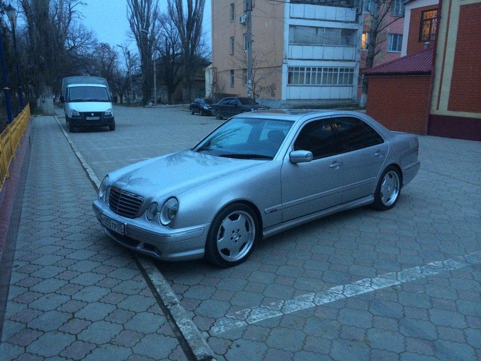 Mercedes-Benz E 55 AMG W210 (58)