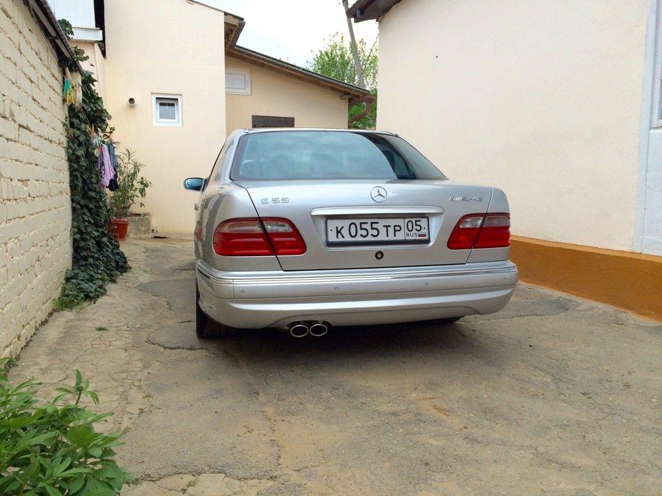 Mercedes-Benz E 55 AMG W210 (62)