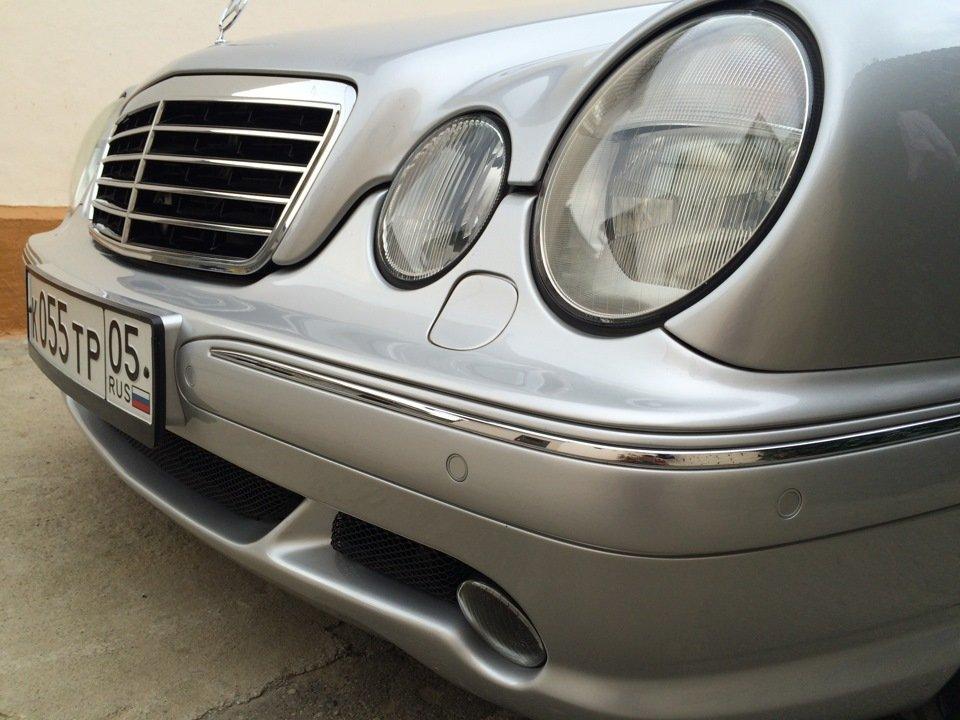 Mercedes-Benz E 55 AMG W210 (92)