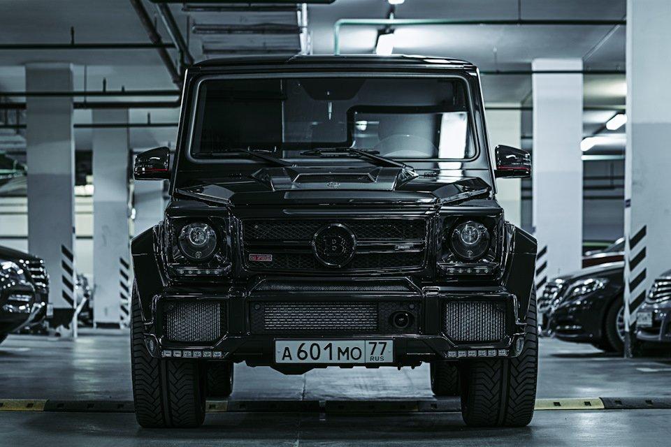 Mercedes-Benz G63 AMG Brabus G700 W463 (2)