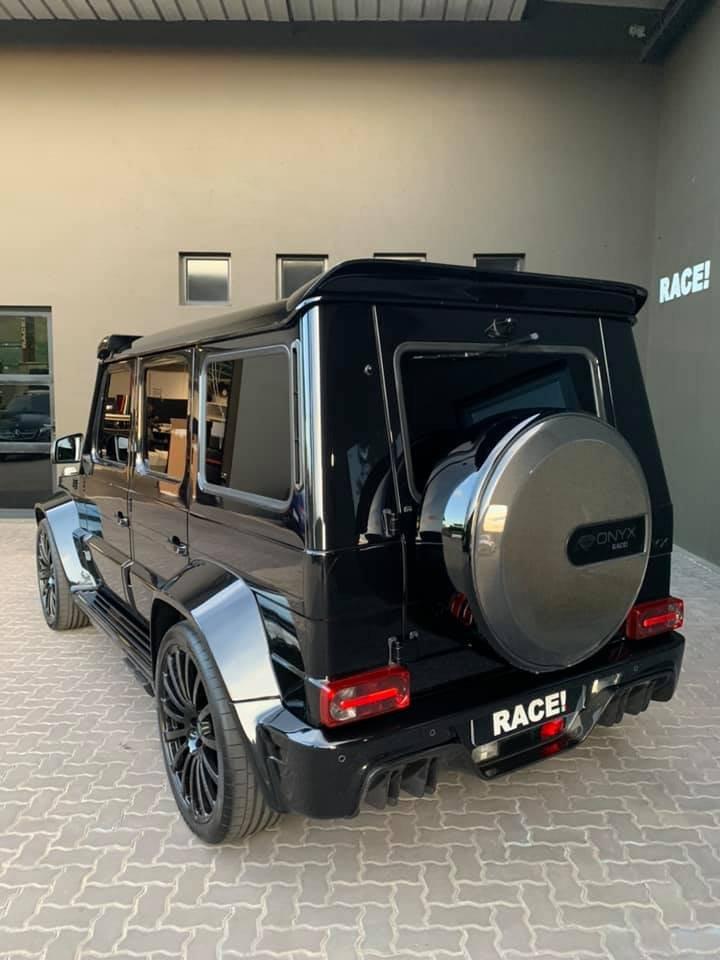 Mercedes-Benz G7 Onyx Edition W463 (2)
