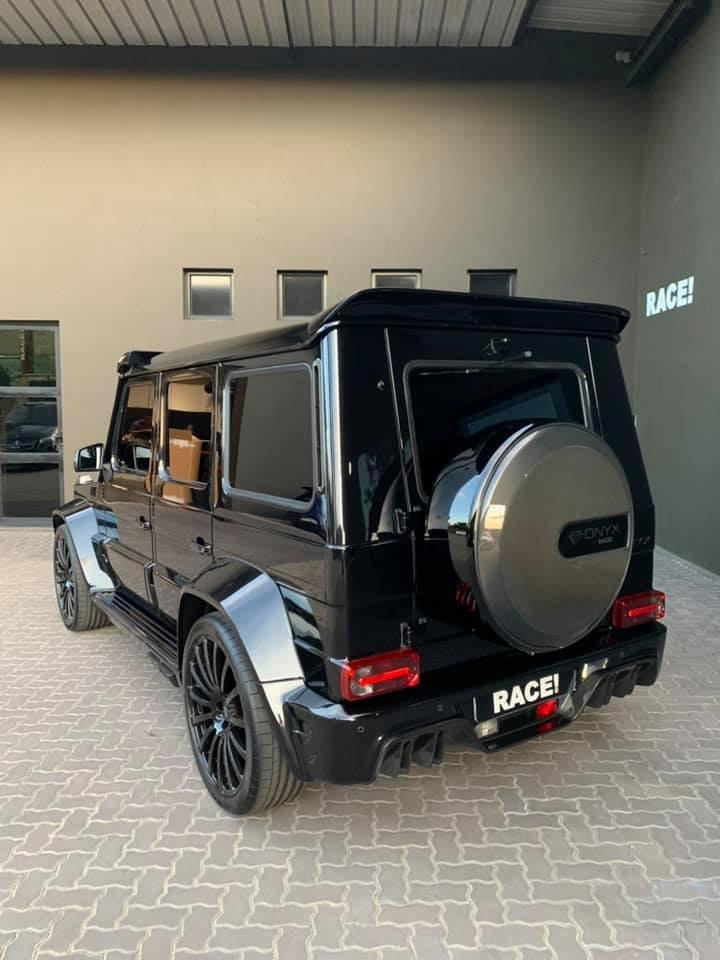 Mercedes-Benz G7 Onyx Edition W463 (6)