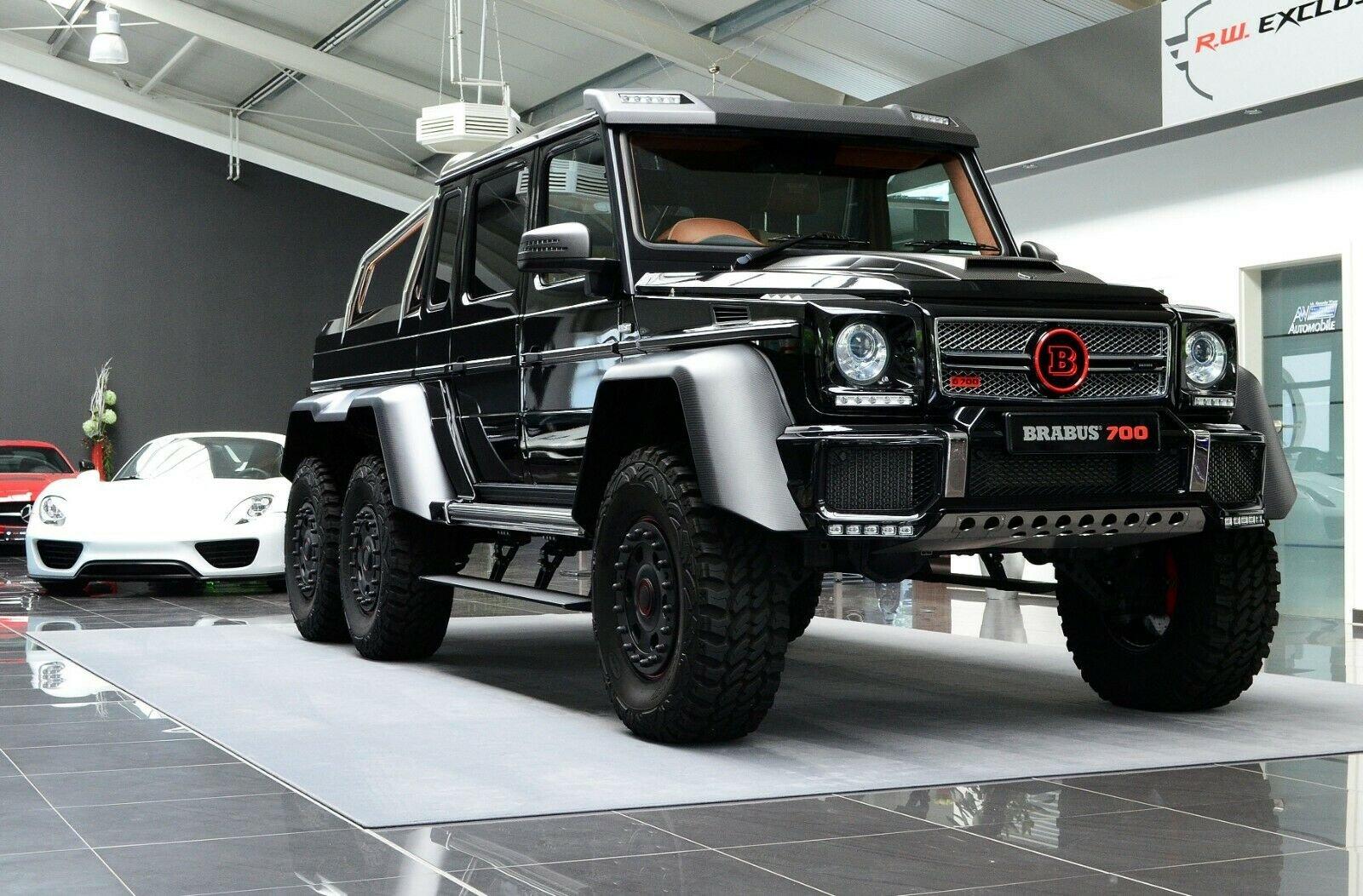 Mercedes-Benz G 63 AMG 6x6 Brabus700 - 1of15 (1)