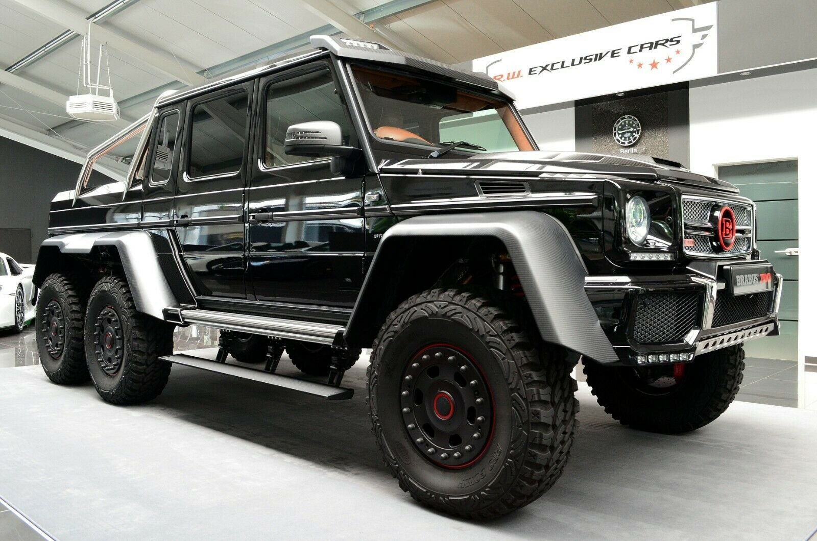 Mercedes-Benz G 63 AMG 6x6 Brabus700 - 1of15 (5)