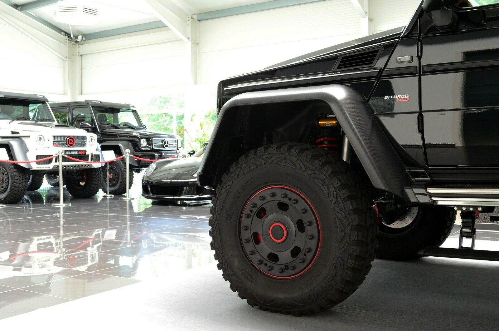 Mercedes-Benz G 63 AMG 6x6 Brabus700 - 1of15 (7)