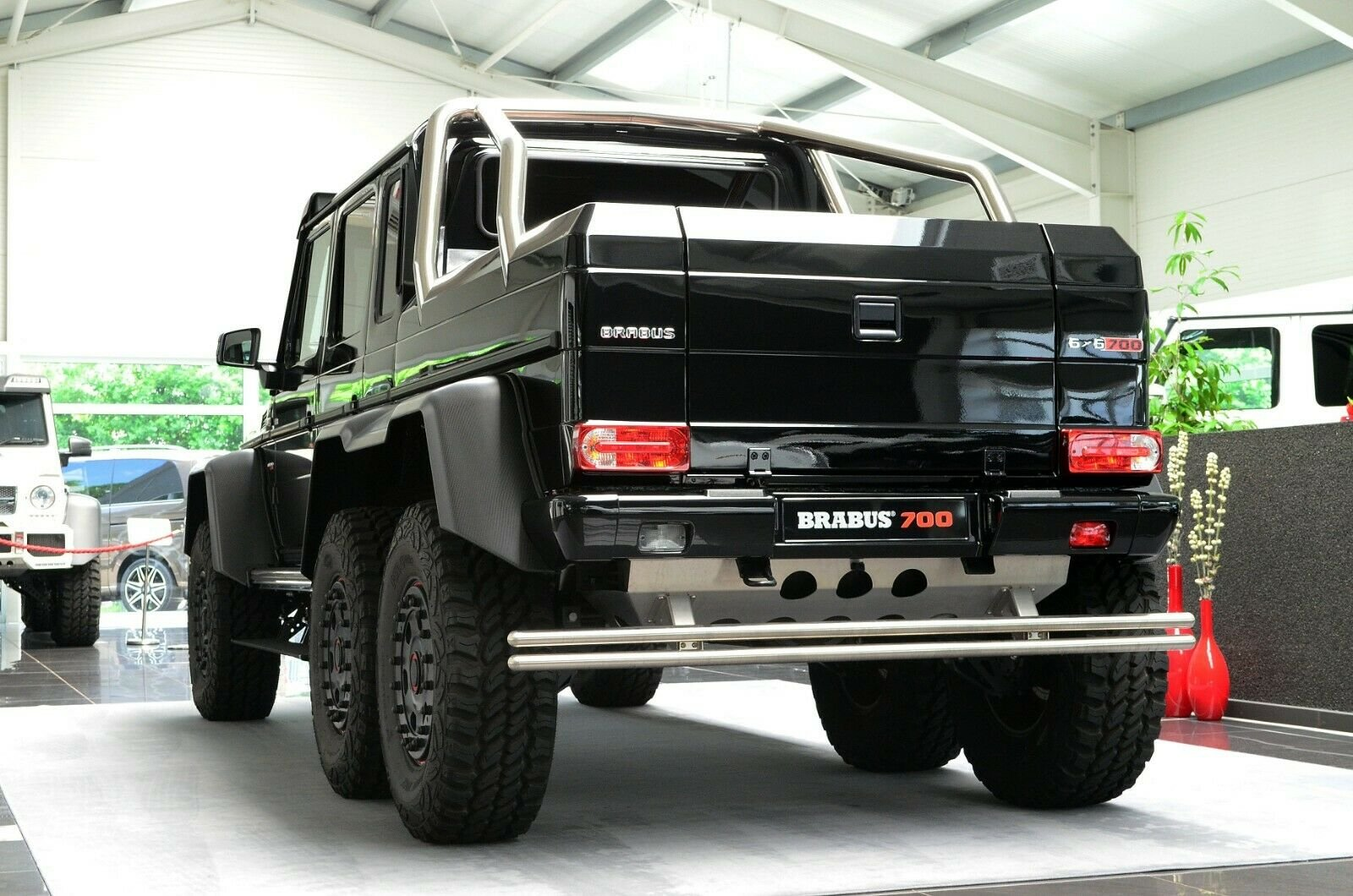 Mercedes-Benz G 63 AMG 6x6 Brabus700 - 1of15 (8)