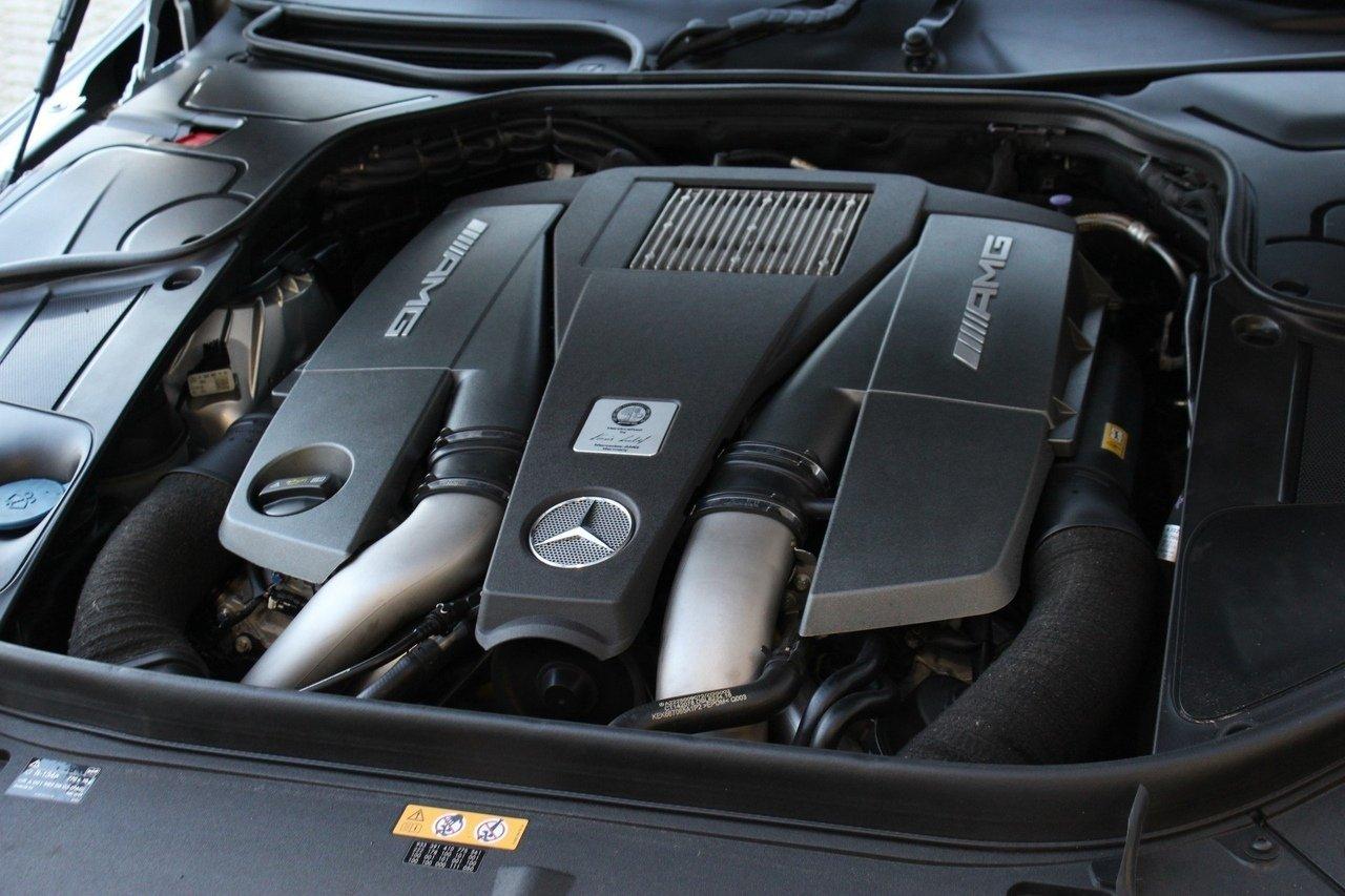 Mercedes-Benz S63 AMG 4Matic (1)
