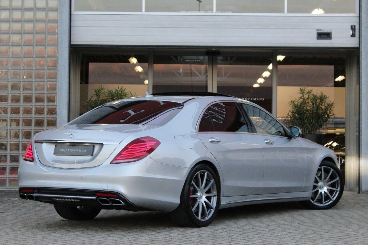 Mercedes-Benz S63 AMG 4Matic (4)